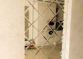 Зеркальная плитка и панно
